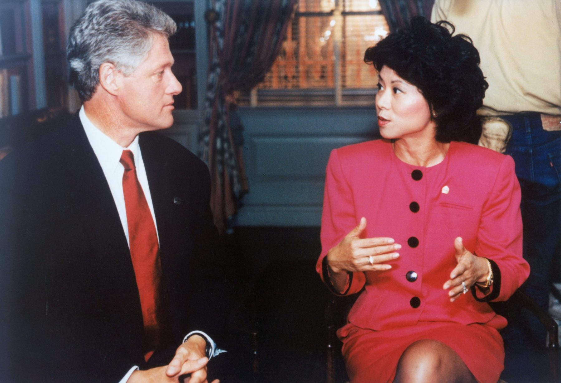 United Way of America President & CEO Elaine Chao taping a United Way commercial with President Bill Clinton at the White House.
